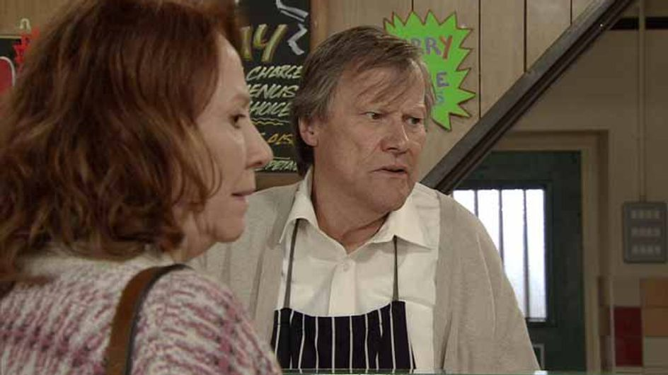 Coronation Street 22/06 - Faye feels the pressure at Miley's christening
