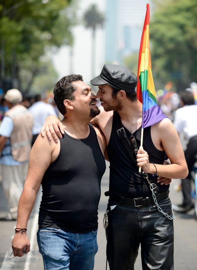 Un coupe homosexuel mexicain.