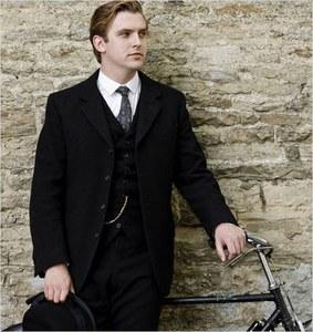 Matthew Crawley(Dan Stevens) dans Downton Abbey