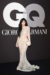 Kylie Jenner élégante.