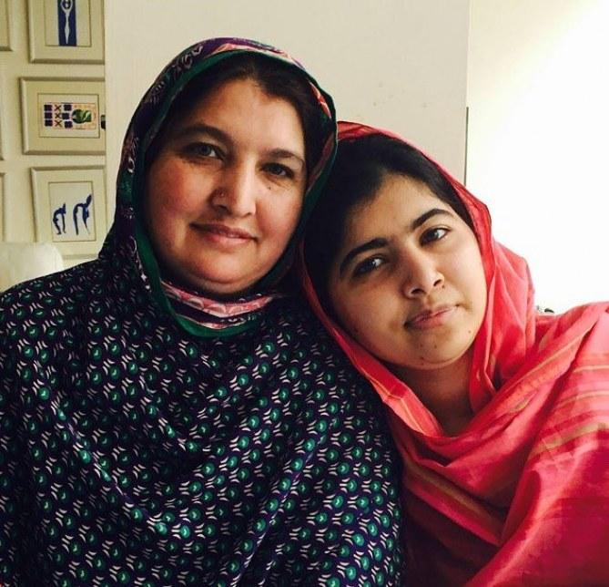 Malala et sa mère.