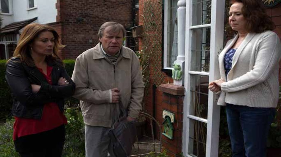 Coronation Street 03/07 - Liz and Michelle are partners in crime