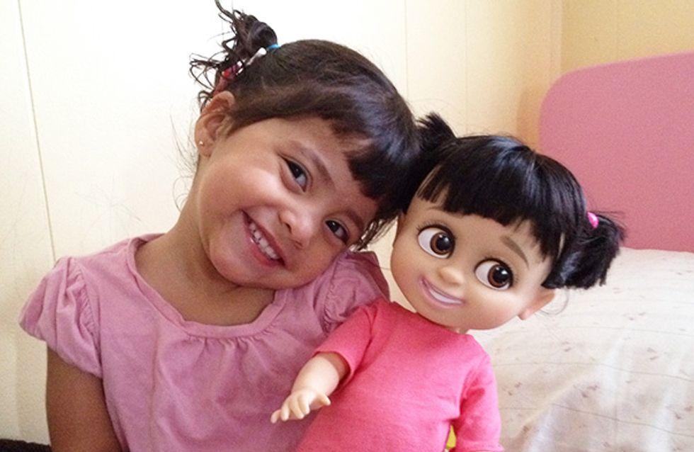 Parecidos razonables: 15 bebés que son clones de sus muñecos