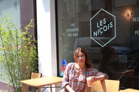 Rose au restaurant les Niçois