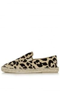 L'espadrille léopard Topshop, 64 euros