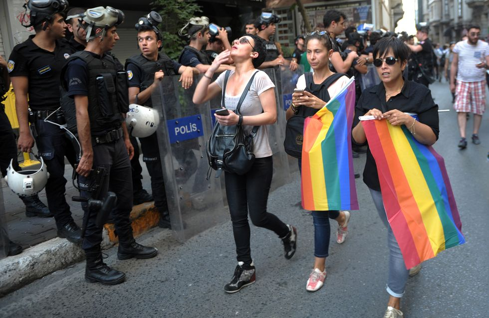 A Istanbul, la Gay Pride dégénère avec l'intervention de la police