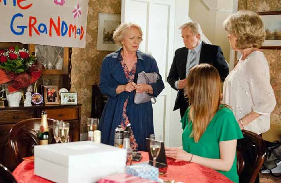 Coronation Street 08/07 - Deirdre's party is dealt a shattering blow