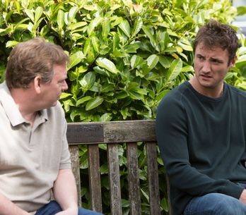 Eastenders 10/07 - A worried Nancy tries to talk to Lee