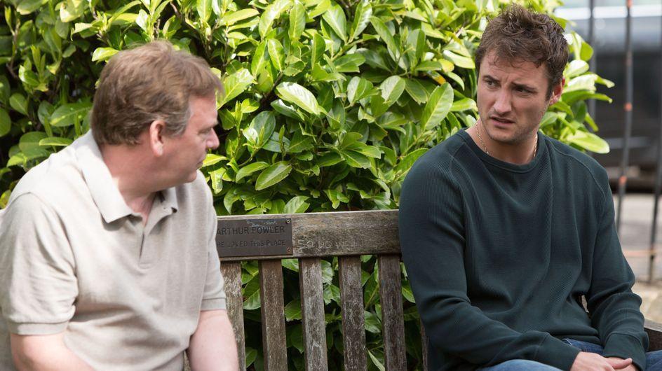 Eastenders 10/07 - A worried Nancy tries to talk to Lee