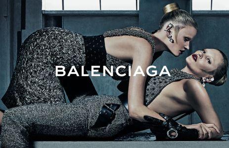 Lara Stone et Kate Moss pour Balenciaga