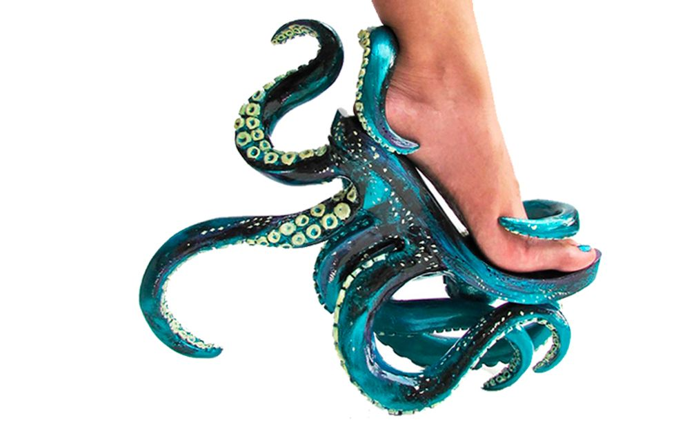 Lady Gaga feelings: designer cria sapatos nada convencionais