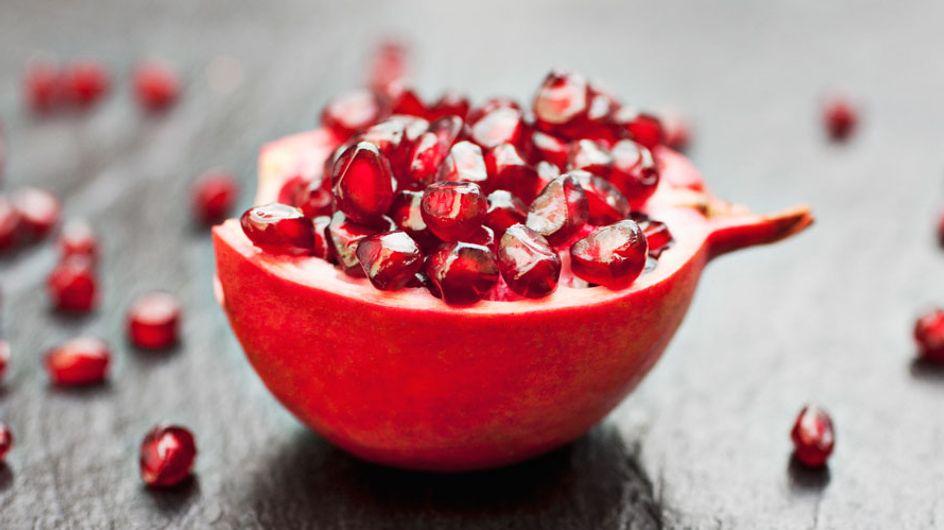 Il frutto dalle mille proprietà: scopri i 10 benefici che non ti aspetti del melograno