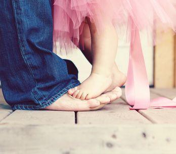 Papás DILF's: 20 imágenes con sus peques que te enamorarán