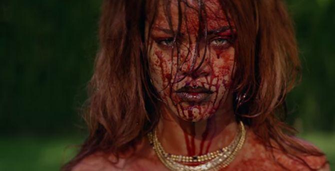 Rihanna dans Bitch Better Have My Money