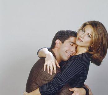 Les 10 plus beaux baisers de séries