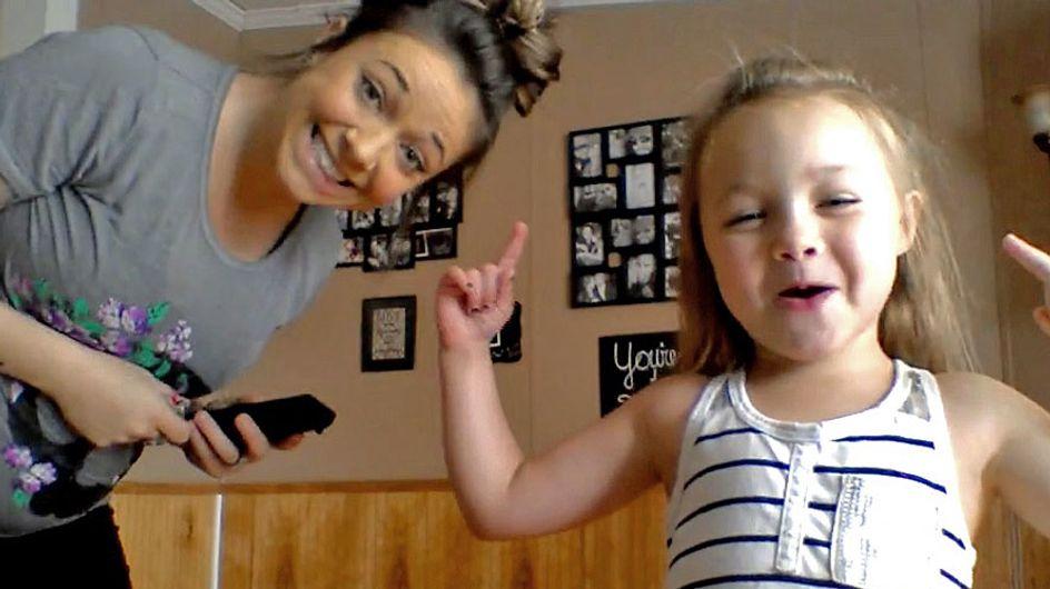 [Vídeo] El divertido baile de esta mamá embarazada y su hija está arrasando en las redes