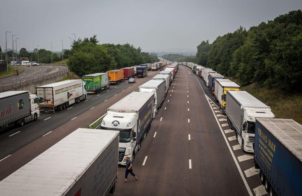 """""""Migrants, sautez à l'arrière du camion"""" : la pub irlandaise qui fait polémique"""