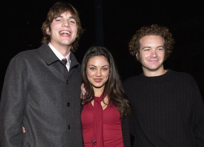 Ashton Kutcher et Mila Kunis en 2000
