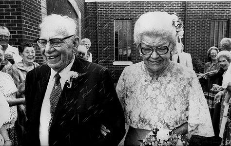 Abuelos recien casados