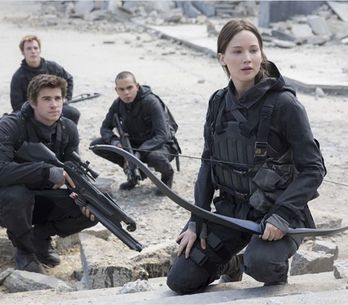 Katniss et les visages de la révolution d'Hunger Games 4 se dévoilent (Photos)