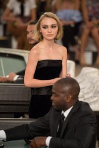 Lily-Rose Depp, le 7 juillet 2015, au défilé Chanel
