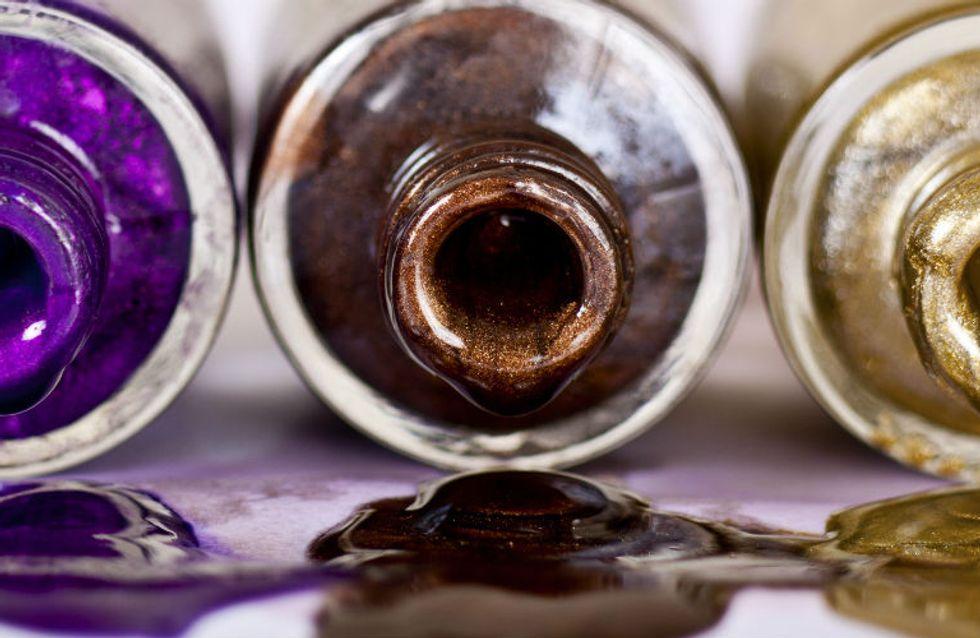 Febre metálica: inspirações incríveis de unhas que são verdadeiros objetos de desejo