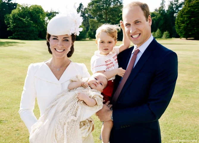 William e Kate con George e la piccola Charlotte