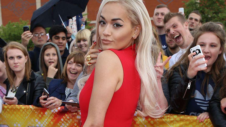 Rita Ora a lo Caperucita, el peor look de la semana