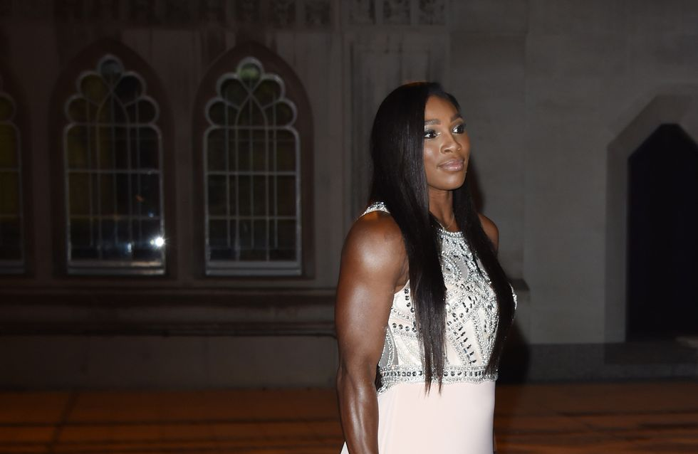Serena Williams éblouissante au dîner de Wimbledon après les critiques sur son physique (Photos)