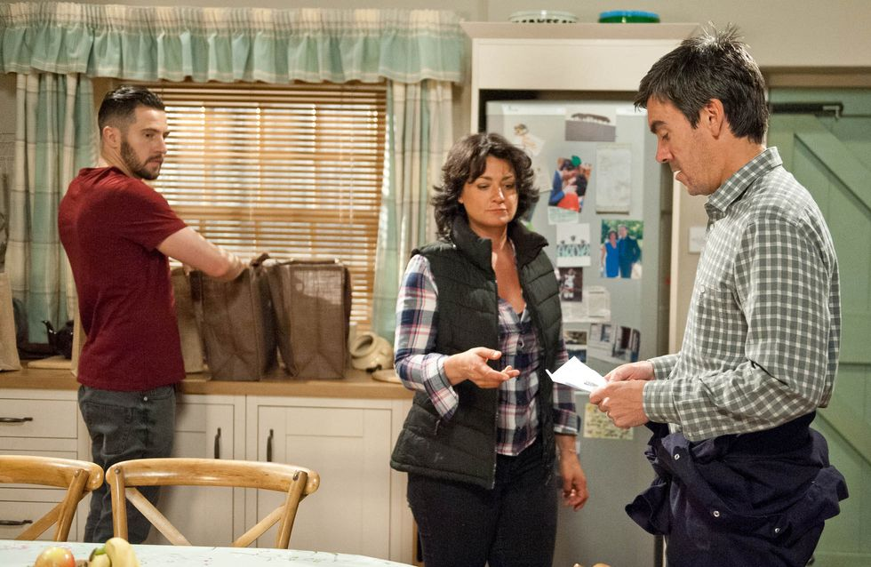 Emmerdale 21/07 - Aaron is sickened to hear Robert tried to kill Paddy