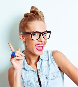 Trucos de maquillaje para chicas con gafas