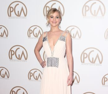 Jennifer Lawrence dévoile son tatouage raté (Photos)