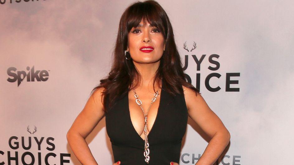 A 48 ans, Salma Hayek pose topless pour le magazine Allure (Photo)