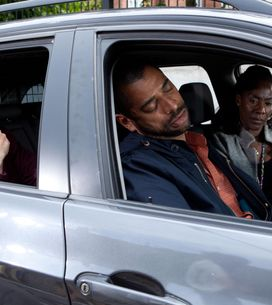 Hollyoaks 28/07 - Wayne takes the Lovedays to a drop-in centre