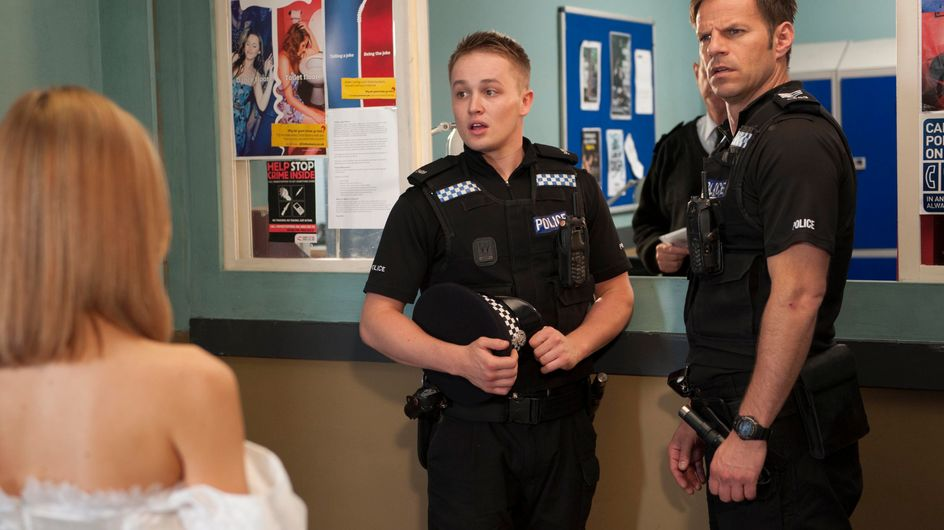 Hollyoaks 30/07 - Jason reveals too much to Robbie about him and Cindy