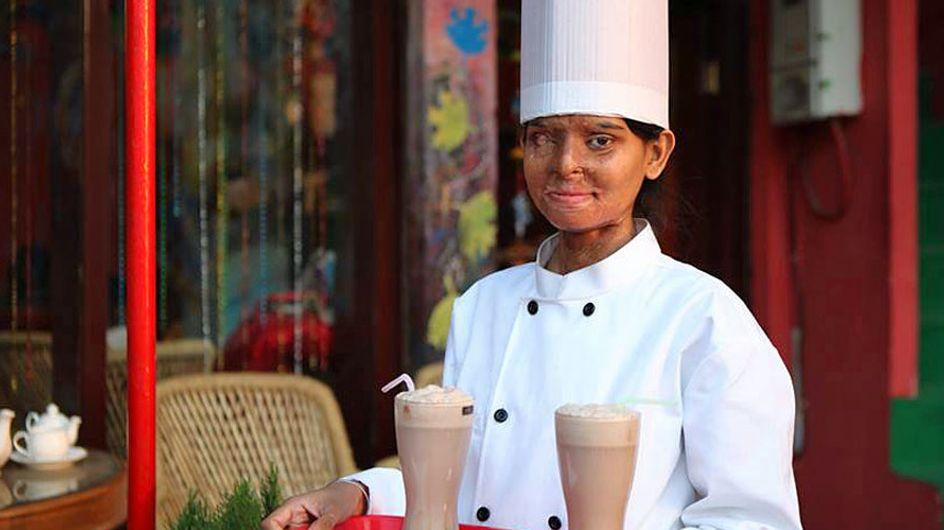 'Sheroes Hangout', la cafetería que ayuda a mujeres indias que han sufrido ataques con ácido