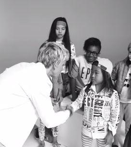 Ellen DeGeneres et Gap lancent une collection de vêtements unisexes pour les enf