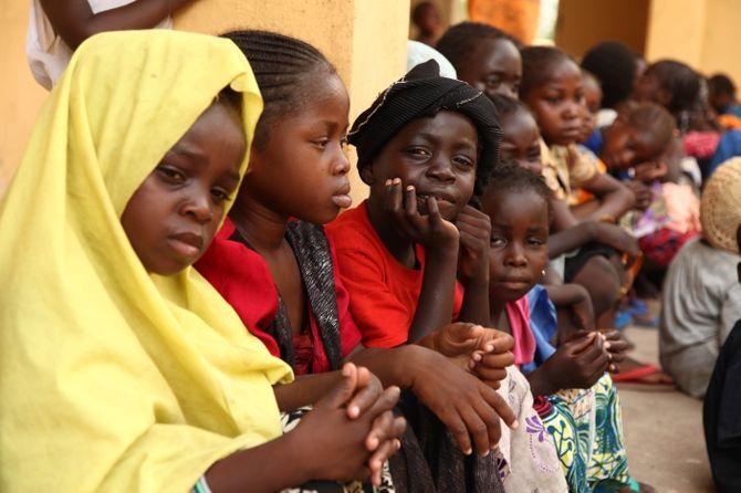 Des fillettes en Afrique