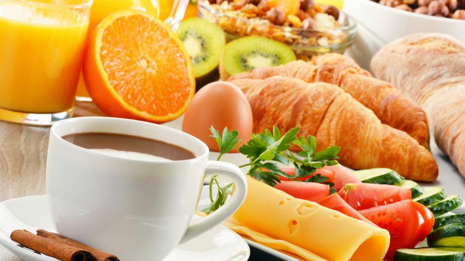 Per sentirsi bene e dimagrire ogni tanto la merenda o la colazione andrebbero saltate? Verità o falso mito?