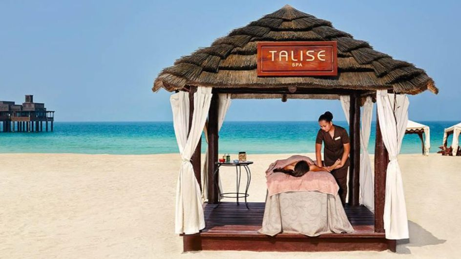 Dai massaggi al bambù al body scrub al caffè passando per l'Ipad Massage: 11 trattamenti SPA insoliti ed esclusivi