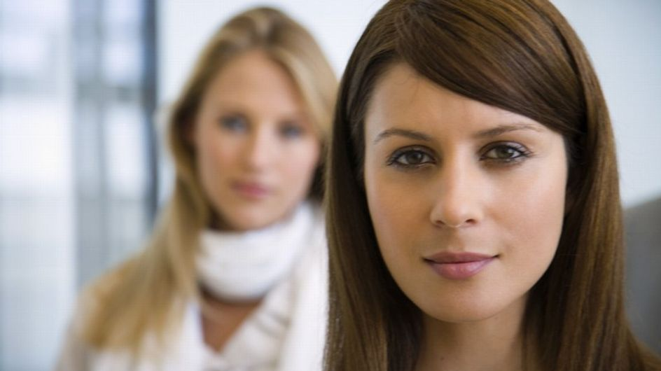 Arrivista, lavativa o primadonna. 5 tipi di colleghe che tutte noi abbiamo in ufficio (purtroppo)