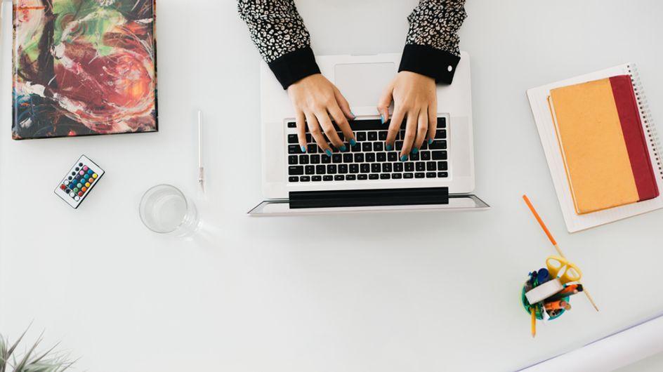 7 cose vergognose che si fanno in ufficio! Le fai anche tu!
