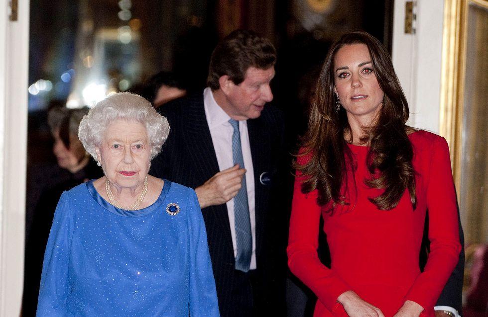 La garde-robe de Kate Middleton ultra contrôlée par la Reine Elizabeth
