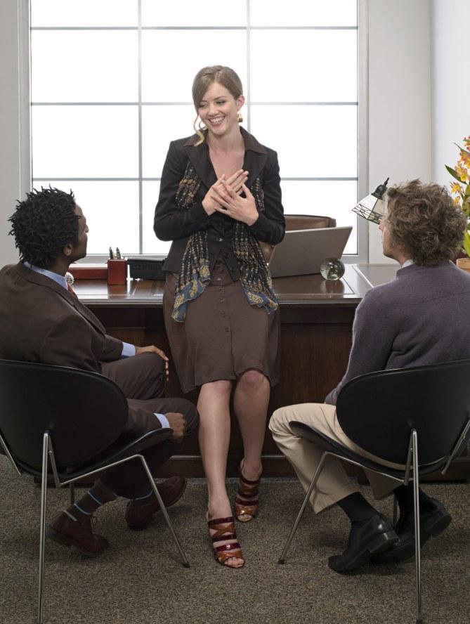 Une femme au travail.