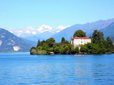 Isola San Giovanni (Isole Borromee) sul Lago Maggiore
