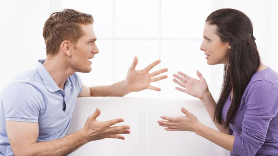 Morboso, possessivo e facilmente irritabile: 8 inequivocabili segnali che il tuo lui è un tipo geloso