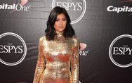 Kylie Jenner : Son boyfriend Tyga lui offre une voiture à $115,000 pour ses 18 a