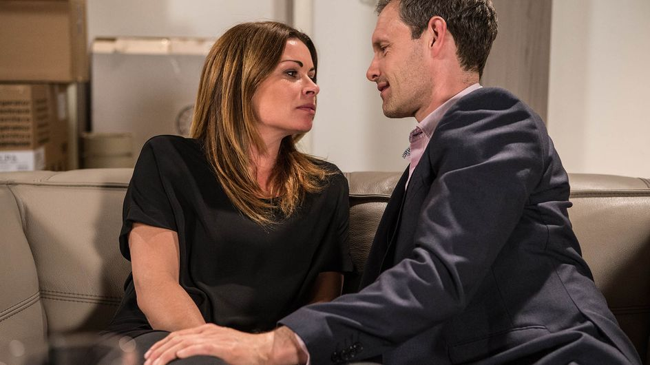 Coronation Street 20/08 - The street reels from Jason's brutal attack