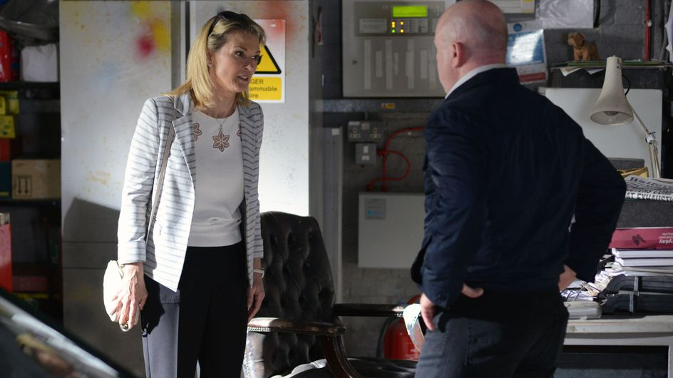 Eastenders 17/08 - Jane's family is in pieces