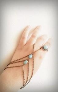 Hand chain